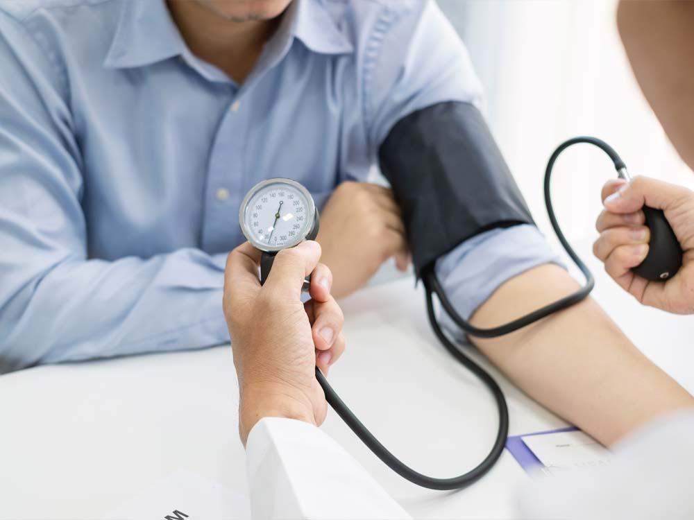 Pressione sanguigna: perché stare attenti